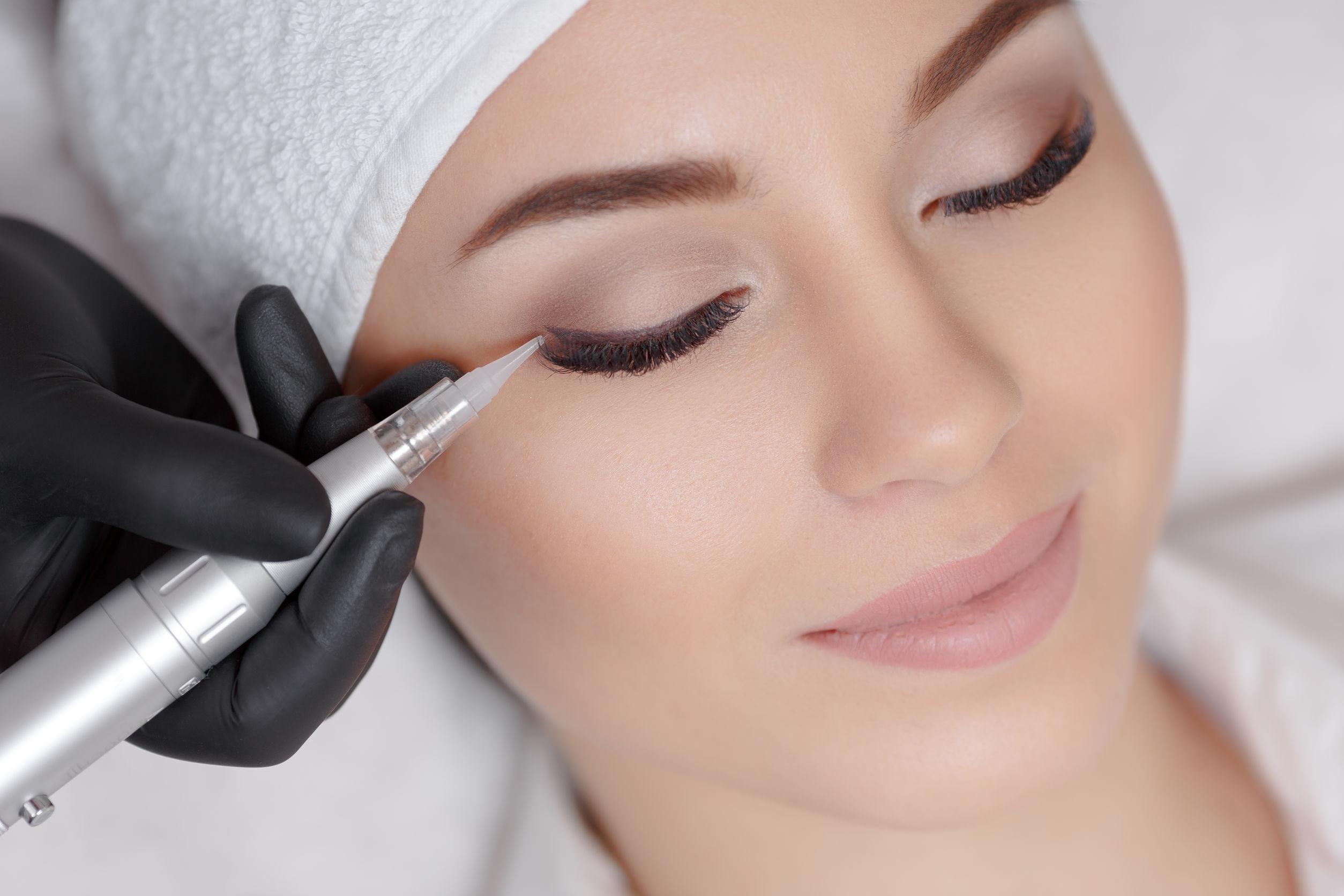 Permanentný make-up Microblading